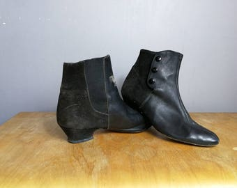 80s black leather ankle boots / vintage leather ankle boots / size UK 3.5 boots / size 3 vintage black ankle boots / boho distressed boots