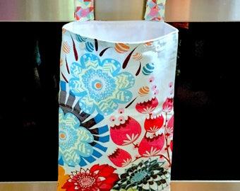 Hanging Kitchen Wet Bag - Laundry Bag - Unpaper Towel Bag - Car Trash Bag - Summer Totem