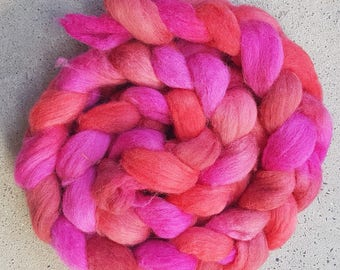 Hand dyed merino/aplaca combed top