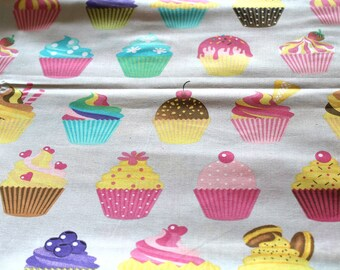 Fabric coupon 50 x 70 cm Cup cakes