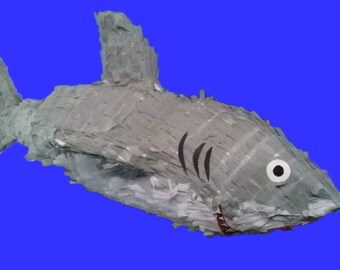 GREAT WHITE SHARKPINATA