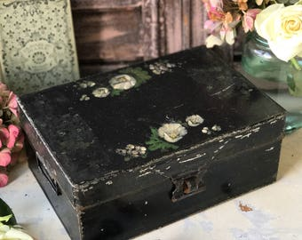 An antique painted Tin