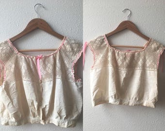 antique EDWARDIAN CROP TOP - small, pink, knit, lace, cream