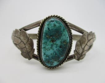 Sterling Silver Native American Indian Navajo Turquoise Cabochon Cuff Bracelet
