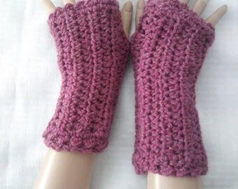 Crochet Fingerless Wrist Warmers-Dark Rose Heather