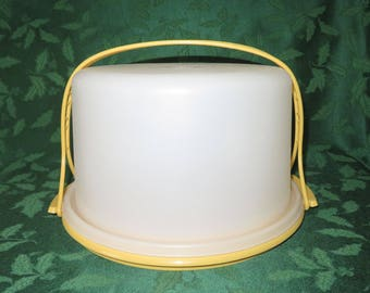 """Tupperware 10"""" Cake Taker with Cariolier"""