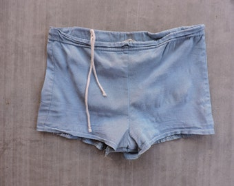 BEAT To HELL Rare Vintage 60s Blue Chambray Swim Trunk Shorts Mens S USA Made