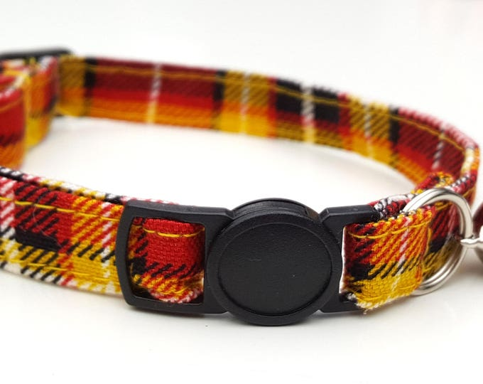 Sunshine red plaid tartan with quick release safety clasp