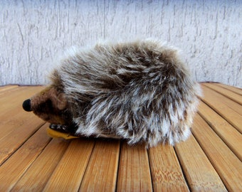 STEIFF JOGGI Lying Hedgehog,Button&Flag,Mohair Hard Stuffed Toy,Western Germany Collectible Value, 70's