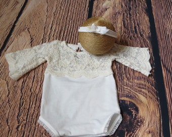 Newborn 'BELLE' short sleeve lace romper  cream lace bell sleeves  lace  bodysuit  baby photo prop girl