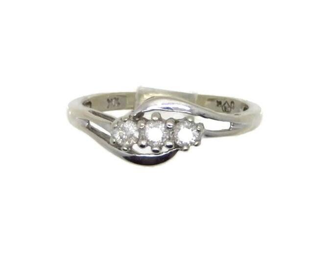 10K White Gold Diamond Ring, Vintage Three Stone Round Diamond Engagement, Wedding Anniversary Ring, Size 6