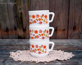 Set of 3  1970's Arcopal Scania France Small Coffee Cups Retro Floral Design French Kitchenware Vintage Kitchenalia Cottage Chic Farmhouse