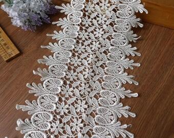 Lace Trim - Retro White Leaves Net Lace Fabric Cloth TRIM 1 Yard