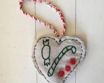 Large Vintage Linen Christmas Heart Decoration