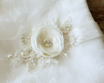 Ivory Wedding belt, Ivory Bridal belt, Ivory lace belt, wedding sash, Ivory bridal sash, bridal sash belt, IVORY sash, floral sash belt