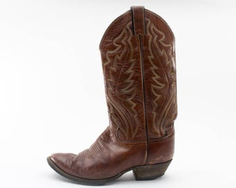 Justin Cowboy Boots | Vintage Boots | Made in USA | Size US Women's 8  Euro 38 - 39  UK 6