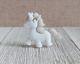 Unicorn - White Unicorn - Fantasy - Make Believe - Fairy Tale - Lapel Pin