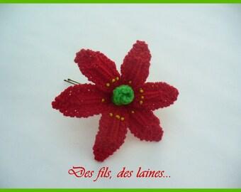 Knit poinsettia hairpin, red flower hairpin, knit flower hairpin, knit accessory, knitted poinsettia, knitted flower, ornamental flower