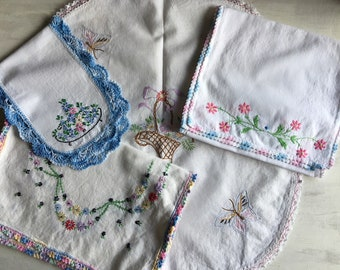 A Lot of 4 Vintage Embroidered Doilies, Table Runners