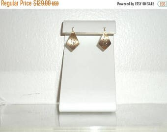 50% OFF Vintage 14k Yellow Gold Estate Etched Kite Earrings