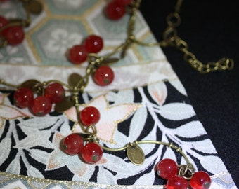 Vintage Art Glass Necklace Currants and Cherries