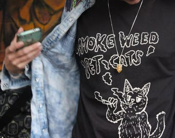 SmokeMeowt Smoke Weed Pet Cats 2 white on black tee