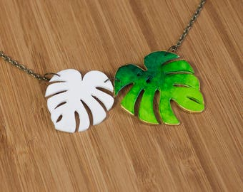 Tropical leaf  green & white Necklace