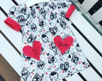 LAST ONE! Alice in Wonderland dress - can be personalised - in white and red cotton fabric with contrast cuff sleeves age 12 months