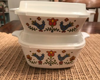 Two Corning Ware Country  Festival Small Dishes with Covers, P-41 and P-43
