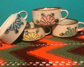 Set of 4 Vintage Soup Mugs Set