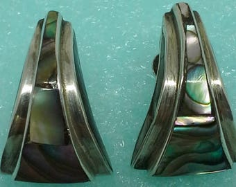 Vintage EAC Taxco Mexico screw back earrings sterling and abalone