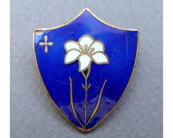French. Religious Brooch. Cross. Flower, Lilium, lilies, Lily, Lys. Enamel Badge.
