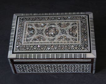 Egyptian Jewelry Box (Medium) Hand-laid Mother of Pearl