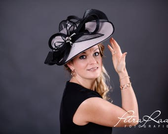 U74 hat Royal Ascot hat Ballhut Kentucky Derby has horse racing couture Millinery Sinamay has wedding fascination