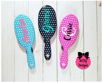 Monogrammed Hairbrushes•Personalized Hairbrushes•Girls Stocking Stuffers•Christmas Gifts•Cheer Team Gifts•Teen girl Gifts•Birthday Gifts