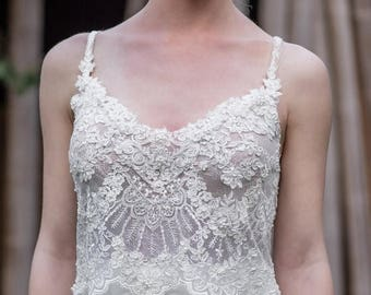 SALE Romantic Vintage Lace Wedding Dress, Boho Chiffon Open Back Wedding Dress, Bohemian Lace Wedding Dress, Beach Ivory Dress, Bridal Gown