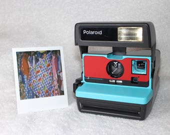 Fully Working Classic Polaroid 600 OneStep Upcycled With Turquoise and Red