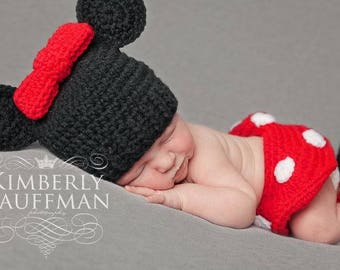 Crochet Mouse Newborn Outfit / Photo Prop, Perfect for Baby Girl's First Pictures or Halloween