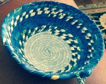 "Round Blue Coiled Bowl 6"" diameter"
