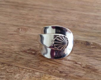 Handcrafted Silver Vintage Cutlery - Spoon Ring 1960 - Size U, Vintage Ring, Vintage, Cutlery Ring, Up-cycled Ring, Sterling Silver Ring