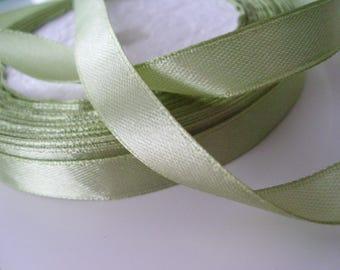 pale green satin ribbon 1 m width 1 cm.
