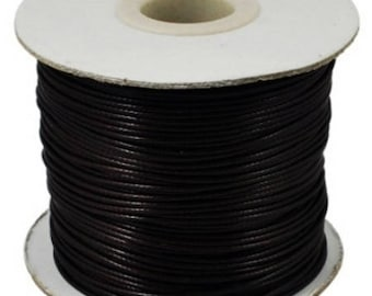 5 meters of 2.5 mm in diameter waxed polyester cord