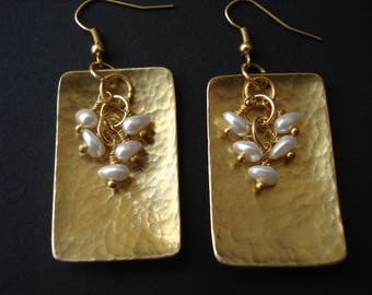 Hammered Bronze Pearl Earrings Wire Wrapped Pearls Modern Earrings Chic Contemporary Bridal Earrings