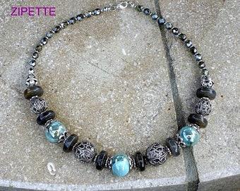 Collier perles céramiques  bleues et vertes