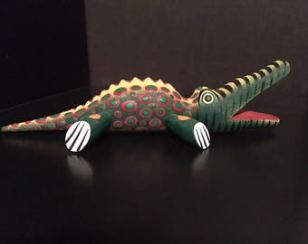 Oaxacan Animal Carving - Crocodile