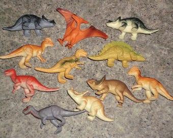Vintage 1993 Jurassic Dinosaur Plastic Figure Set