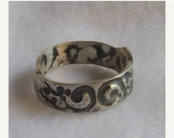 JULY SALE Unisex band ring is hand formed  Have one custom made for Dad!  Continuous design is visible from interior of band.  Light, comfor