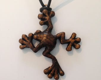 Tree frog spirit guide pendant