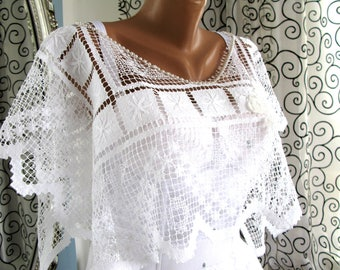 Wedding shawl/Wedding lace cape/Romantic wedding shawl/lovely bridal shawl