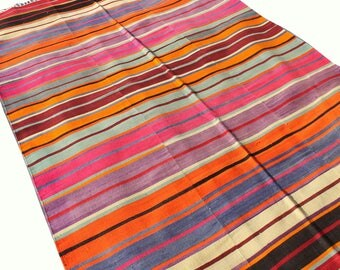 Handwoven vintage Turkish Kilim (185*290cm, 6*9'5) hand spun wool Tribal Simple